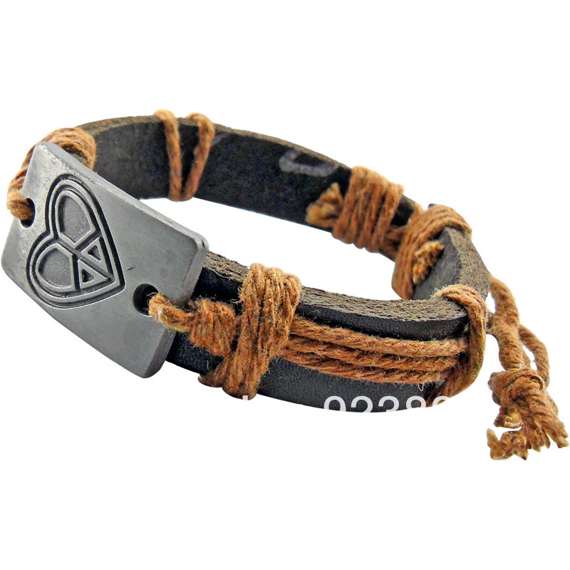 Free shipping hot sale fashion cool heart tag leather bracelets for men 2013 PBM074(China (Mainland))