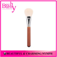 Goat Hair Blush Brush High Quality Make Up Tools for Stage Makeup or Personal Use