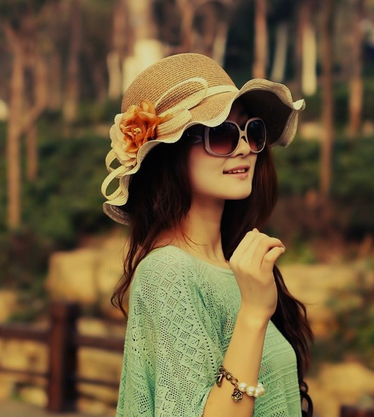 Free shipping Wavy edge Flower straw hats, ladies summer hats,sun hats, Fashion, romantic 1pcs/lot ZY001
