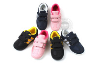 Spring Hot breathable mesh men and women shoes Velcro sneakers for children 20-30