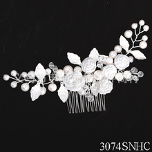 Free Shipping 2013 New Arrival Rhinestone Elegant Flower Wedding Hair Combs With Pearl / Bridal Hair Combs