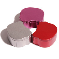 24 pcs Hello Kitty Shaped Wedding Candy Chocolate Gifts More Color Tin Favor Boxes For Wedding Party Free Shipping