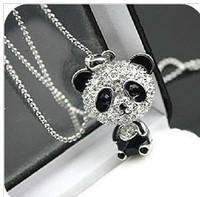 Free Shipping! 2014 Hot Selling New Arrival Korean Fashion Jewelry Shining Rhinestone Big Head Panda Long Necklace Sweater Chain