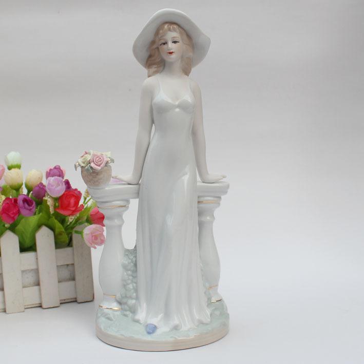 Online kopen wholesale porseleinen beelden uit china porseleinen beelden groothandel - Mode decoratie ...