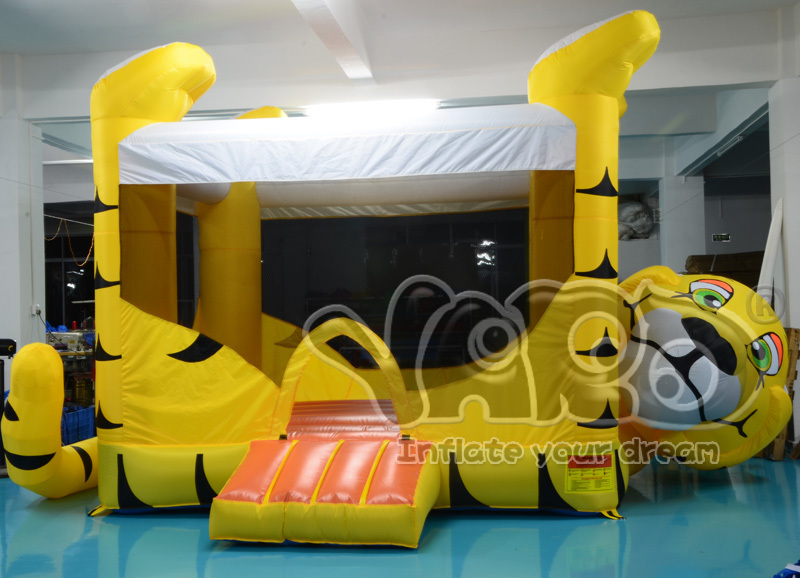 Tiger inflatable bouncer jumper,bouncing jumper with blower(China (Mainland))