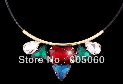 Free shipping hot sale Authentic South Korea South Korea necklace female clavicle necklace fa hion crystal lover gifts(China (Mainland))
