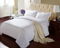 Free shipping 100% cotton printed queen size 4pcs bedding sets Density  60 Yarn count  Bedding white satin Five-star hotel