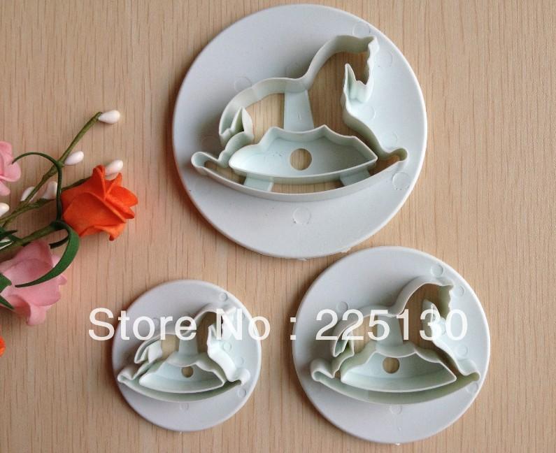 Grátis frete 3 PCS de madeira forma cavalo mold açúcar Arts definir Fondant bolo cortadores ferramentas / cookie(China (Mainland))