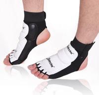 high qulity brand Taekwondo foot protector fighting foot guard gear tae kwon do foot wear