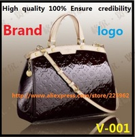 Patent leather series of fashion portable inclined handbag black paint bag M91619