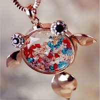 Wholesale Jewelry Vintage Style Perfume Bottle Necklace  Goldfish Crystal Pedant Jewelry Wholesale