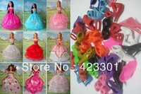 Free shipping  New Vogue American girls dollls' shoes and dresses hangers  75pcs=5 dresses+10 hangers+60 pairs shoes