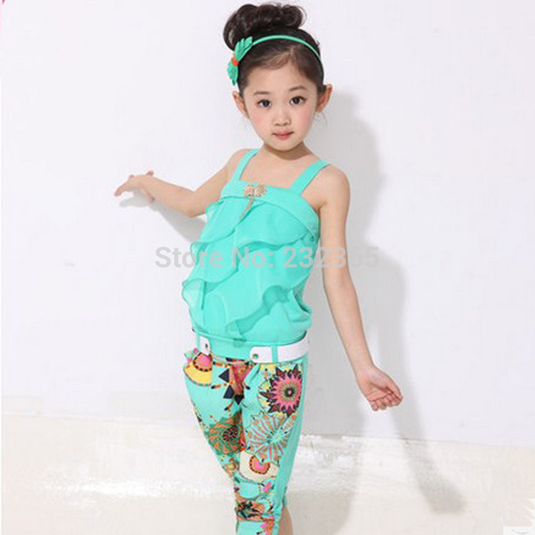 Retail Children clothing set,girls tank top with metallic bowknot+floral print trousers kids girls summer suit set(China (Mainland))