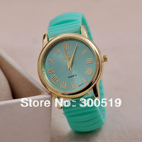 JW066 Fashion Casual Lady Watches Candy Colors Jelly Wristwatches Women Dress Watches Quartz Clock