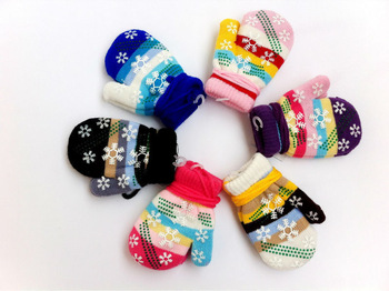 Free shipping winter warm  kids&boys&girls gloves with rope Mittens children gloves for 1-4 years-old 2 pairs/lot