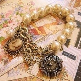 Bohemian Vintage Bronze Heart Queen Pearl Vintage bracelets for women Clock beads strand bracelets charms wholesale B3.3 30D