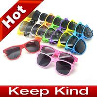 Best selling 13 Colors, 2012 Fashion Sunglasses Men Women Sun Glasses Brand Designer Sunglasses Sport