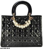 Free Shipping wholesale and retail guaranteed 100% Noble Elegant  pearls decoration bags classical plaid bag women handbagQQ1285
