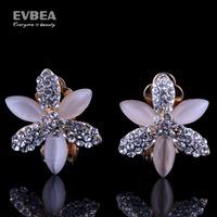 crystal Flower Shape Clip On Earrings Gold Plated clip on earrings rhinestone fashion earrings 2014 cute earrs