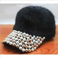 New! Free Shipping 1 Piece Retail Korea Style Shining Bling White Pearl Golden Rivet Design Women Winter Hats Baseball Caps