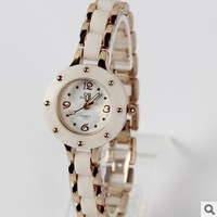 2013 Fashion Designer Women Ladies Luxury Bracelet Rhinestone Diamond Watches Quartz Analog wristwatch Brand new C02005