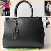 Famous Brand 100% Genuine Leather Women Handbags Women Messenger Bags Handbags Woman Designer Handbag High Quality  MBL128