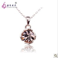 Free Shipping New Classic Hot Sale Korean style Exquisite Austrian Crystal pendant necklaces Fashion Jewelry Gift For Women