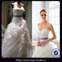 S1366 Real Photo Luxury Ruffle Designer Long Train Wedding Gown