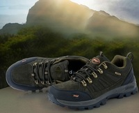 Genuine leather mens outdoor walking hiking mountain shoes.