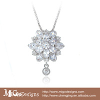 Wedding jewelry set necklace / Pretty bridal necklaces /Zircon 18K Gold Plated Clear Flower Pendant Necklace For Women