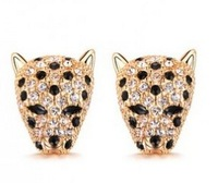 The order of at least $10(mixed order) B136 fashion rhinestone leopard head women earrings ear studs wholesale free shipping!!