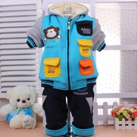 Free shipping Retail Winter new children plus thick velvet plaid long-sleeved sweater baby unisex  little bear set hooded coat