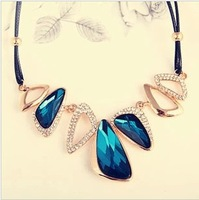 Hot new retro pop irregular geometry false collar necklace short paragraph / Hollow Suqare Crystal Collar min.$10 Free shipping
