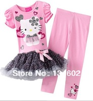 Retail 2013 new design Children cartoon clothing . Girls Hello kitty skirts suits short sleeve Tutu dress + pants . 2 colors .