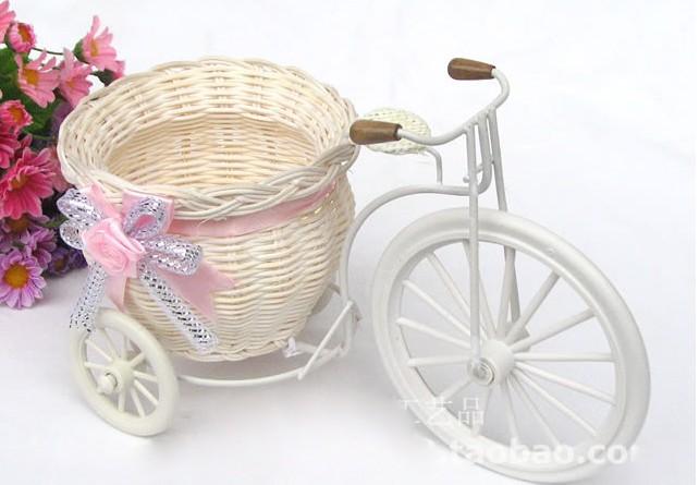Freeshipping 1pcs big wheel round basket rattan floats flower vase flowerpots containers small flower bike/flower pot(China (Mainland))
