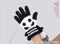 The New Fashion iglove Women Winter Autumn Warm Outdoors Luvas Touch Screen Fitness Gloves With Panda Rabbit Cat For iphone ipad