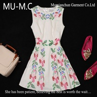 2013 Autumn-Winter New Fashion Boutique Slim Women's Sleeveless Embroidered Woolen Dresses Wholesale