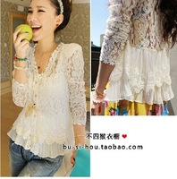 Size M/L /XL /XXL  Skinny Shoulder Pad Precious Mosaic Lace Shirt Cardigan Sunscreen Shirt Air-Conditioning