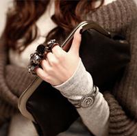 2014 Korean Version Of The Retro Skull Ring Chain Bag Handbag Shoulder Bag Messenger Bag Day Clutches