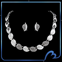New Brand Spring Leaf Wedding Jewelry Set Fashion Crystal Necklaces & Earrings Brand Designer Christmas's Day Party Jewelry Set