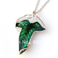 12pcs/lot Free shipping Moive Jewelry  from The Lord of The Rings The Elven leaf Brooch Fellowship Brooch Green Leaf  Necklace