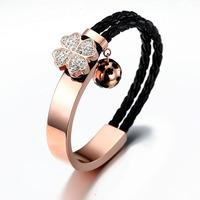 Four leaf clover breaker bracelet