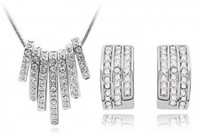 New 2014 Wholesale Platinum Plated Crystal Jewelry sets Rhinestone pendant Necklace Stud Earring Unique Design For Women