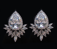 Luxury Crystal Zircon Water Drop Shaped Sparkling Stud Earrings Fashion AAA Cubic Zirconia Bridal Wedding Party Earrings