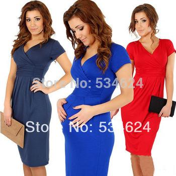 Элегантное платье с завышенной линией талии, V-образным вырезом и коротким рукавом. ...