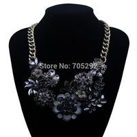 New Vintage Luxurious Flower Pendants Choker Statement Necklace for Women