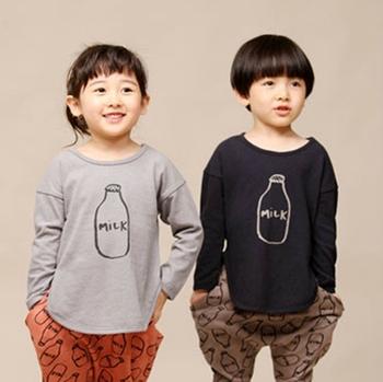 Бесплатная доставка, весна осень, 2015 детская одежда, мужская девушки boy футболка, молоко, корейский, база рубашка, тис, свободного покроя, мода, оптовая продажа