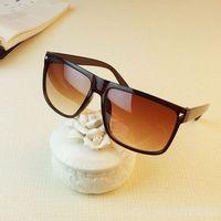 Low price 3 Color 2014 Retro Rivet fashion sunglasses Unisex eye glasses For men and women brand designer A88