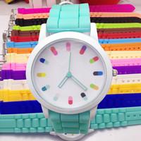 New Fashion GENEVA luxury brand men's women's girls casual rubber strap quartz analog dress jelly wristwatches WTH17