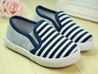 2014 new arrival FASHION spring&autumn child stripe canvas shoes kids sneakers soft slip-resistant outsole free shipping K402